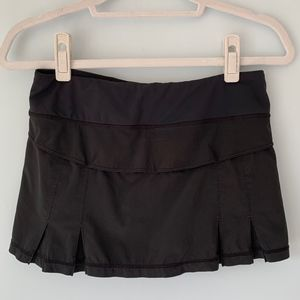Lululemon | Wet, Dry, Warm Running Skirt in Black
